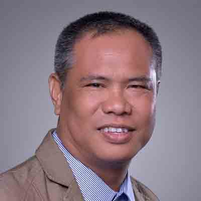 Dr Robert Acosta, Knowledge Transfer Manager